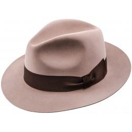 Męski kapelusz - eleganckie nakrycie głowy na sklepie online sterkowski.pl