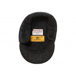 Męska czapka z daszkiem na zimę z nausznikiem