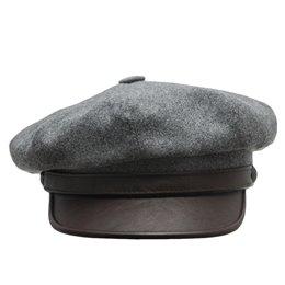Wełniana czapka męska z daszkiem - polska pracownia czapek