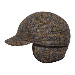 Zimowa czapka wełniana z daszkiem kolorowa