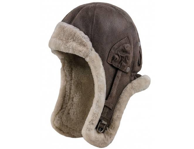 Brązowe modne męskie nakrycie głowy na zimę - polska czapka