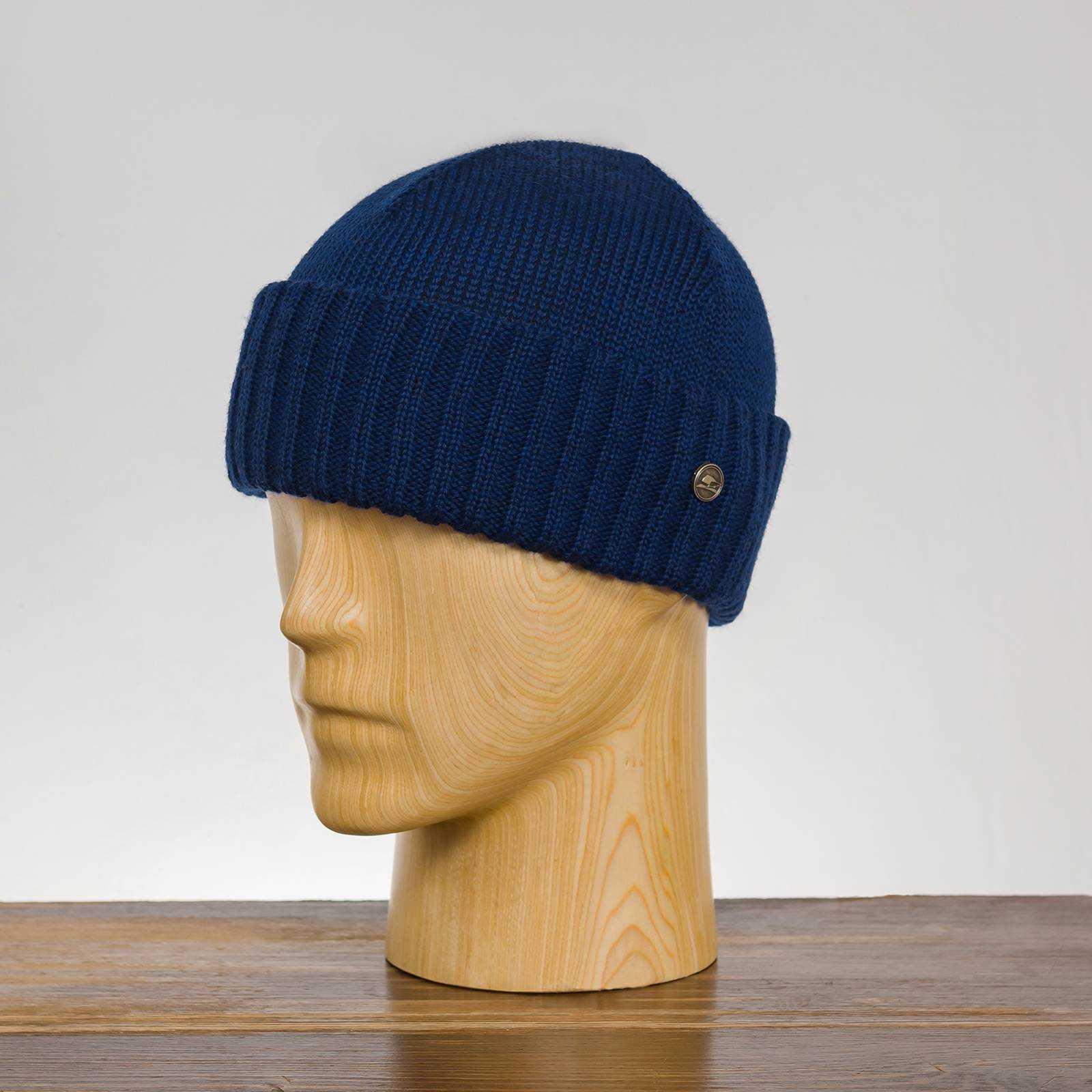Klasyczna czapka beanie na zimę i na jesień z wełny merynosa