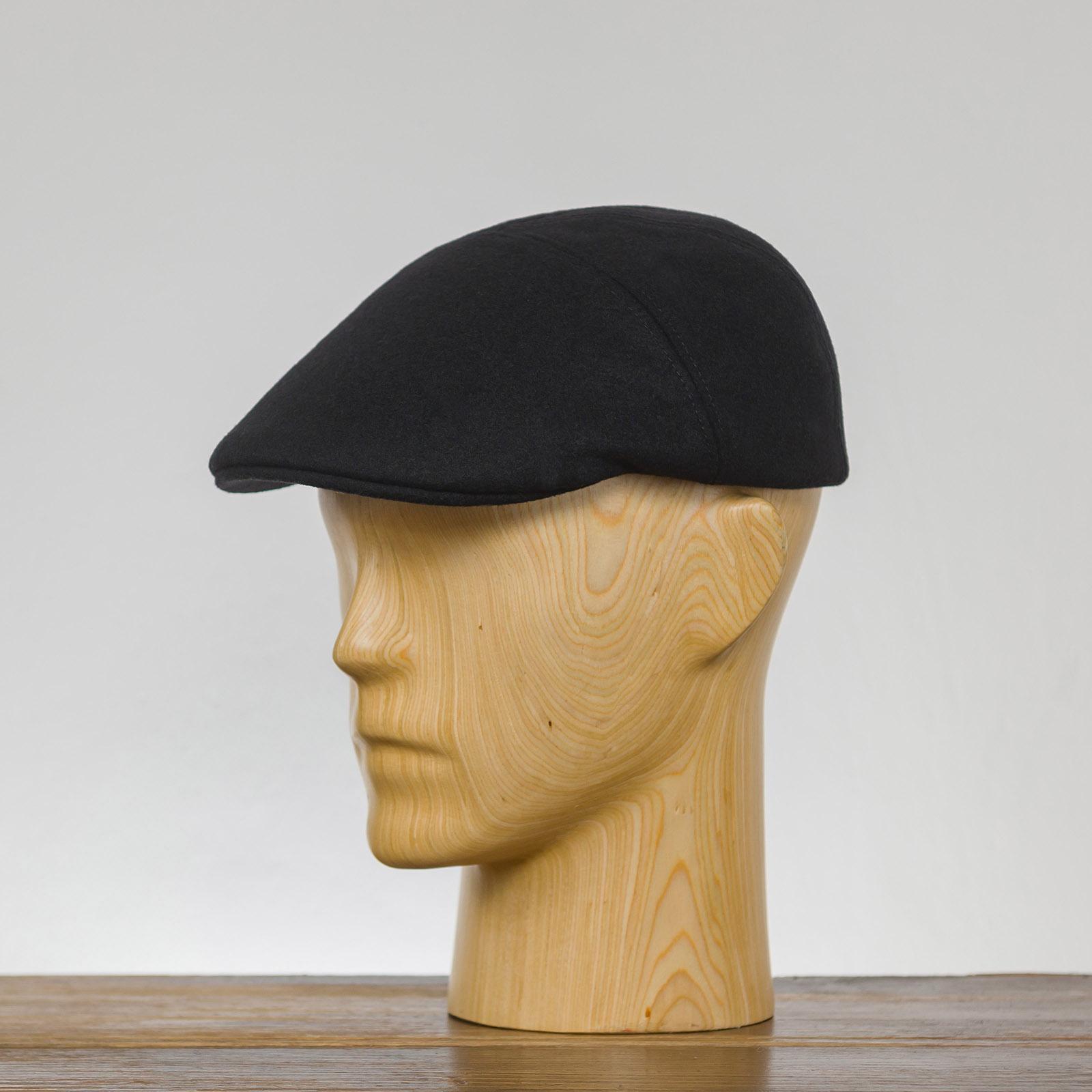 Klasyczna czapka liga zimowa z daszkiem z wełny