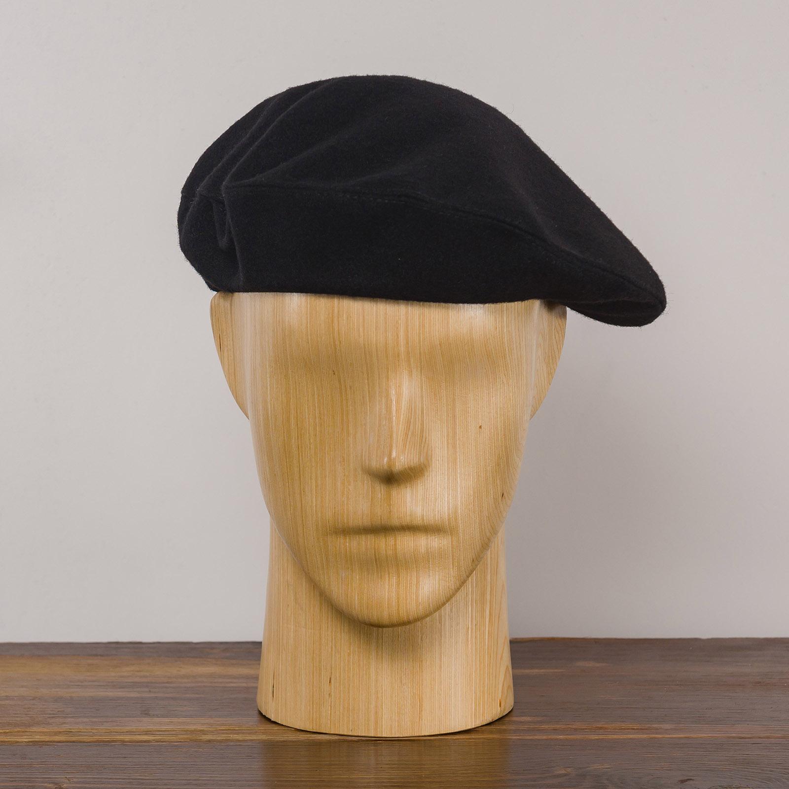 Klasyczny beret jesienny ręcznie szyty z sukna wełnianego