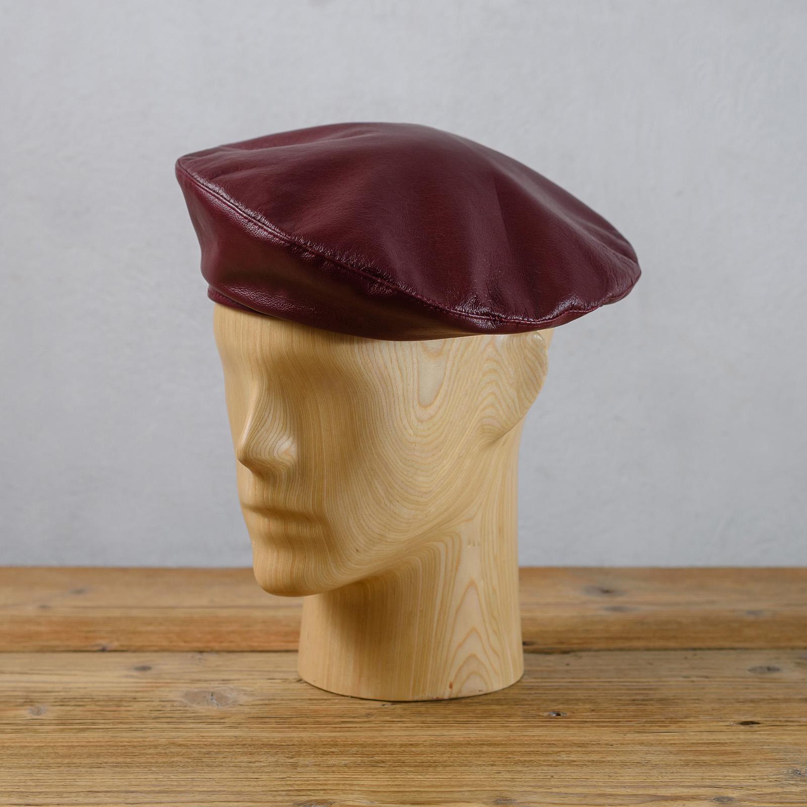 Klasyczny beret szyty z naturalnej skóry - polska pracownia czapek